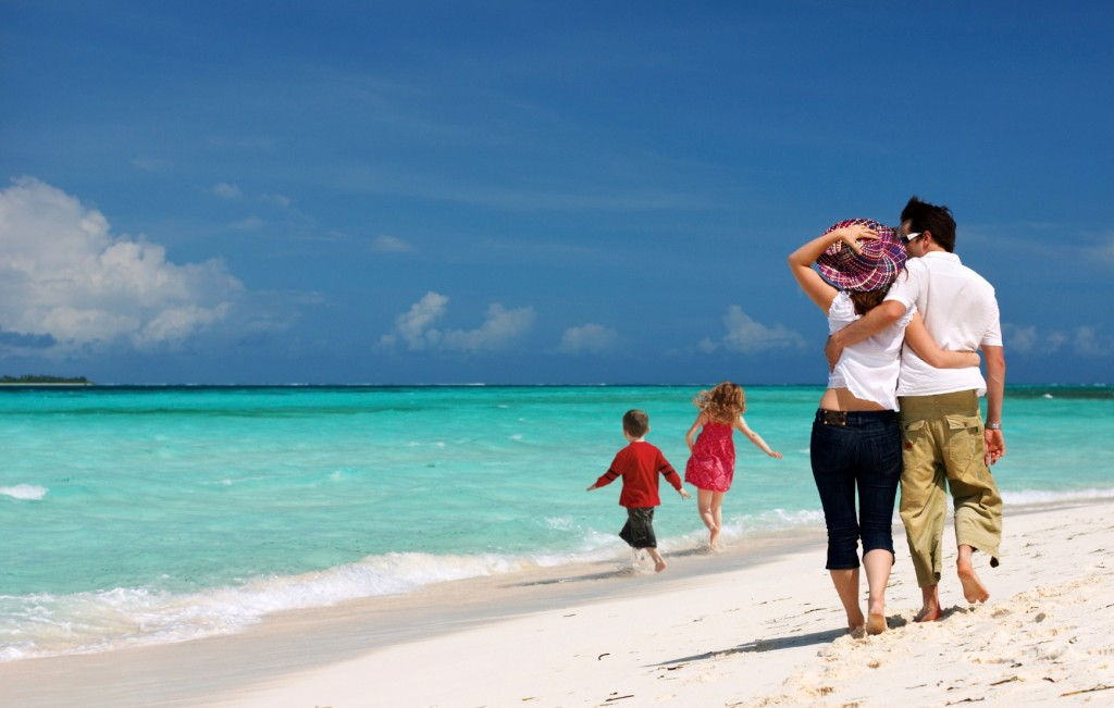 holidays-with-kidsbenidorm-holidays-with-kids-family-traveller-----travel-blog-yoqawoej