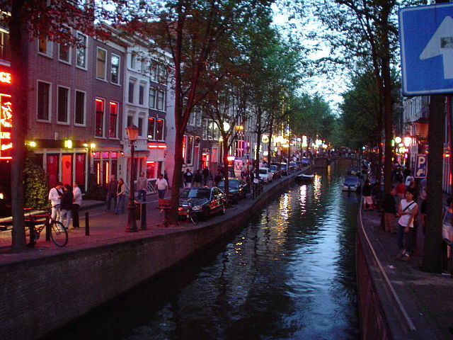 Amsterdam_red_light_district