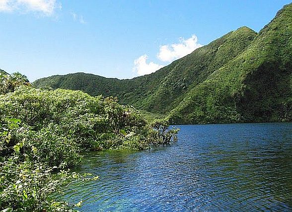Boeri Lake, Dominica