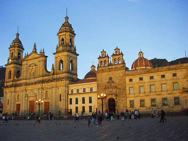 Bolivar Square