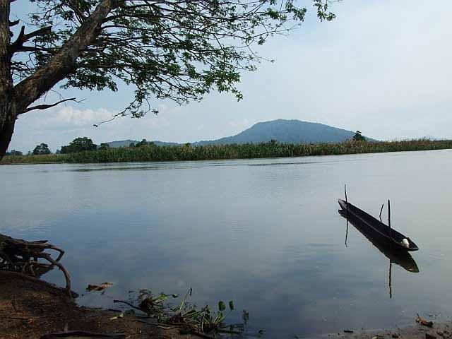 Chambri Lake