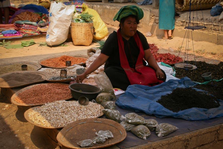 Khaung Daing Market , Burma