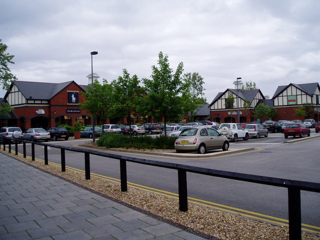 Oaks Designer Outlet, Chester