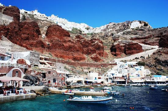 Places to See in Santorini
