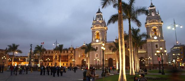 Plaza de Armas, Peru