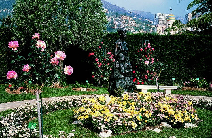 Rose Garden of Princess Grace, Monaco