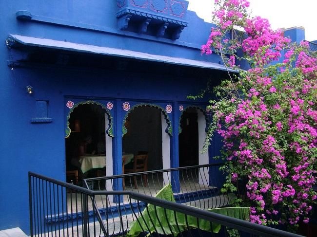 Savage Garden Cafe Restaurant