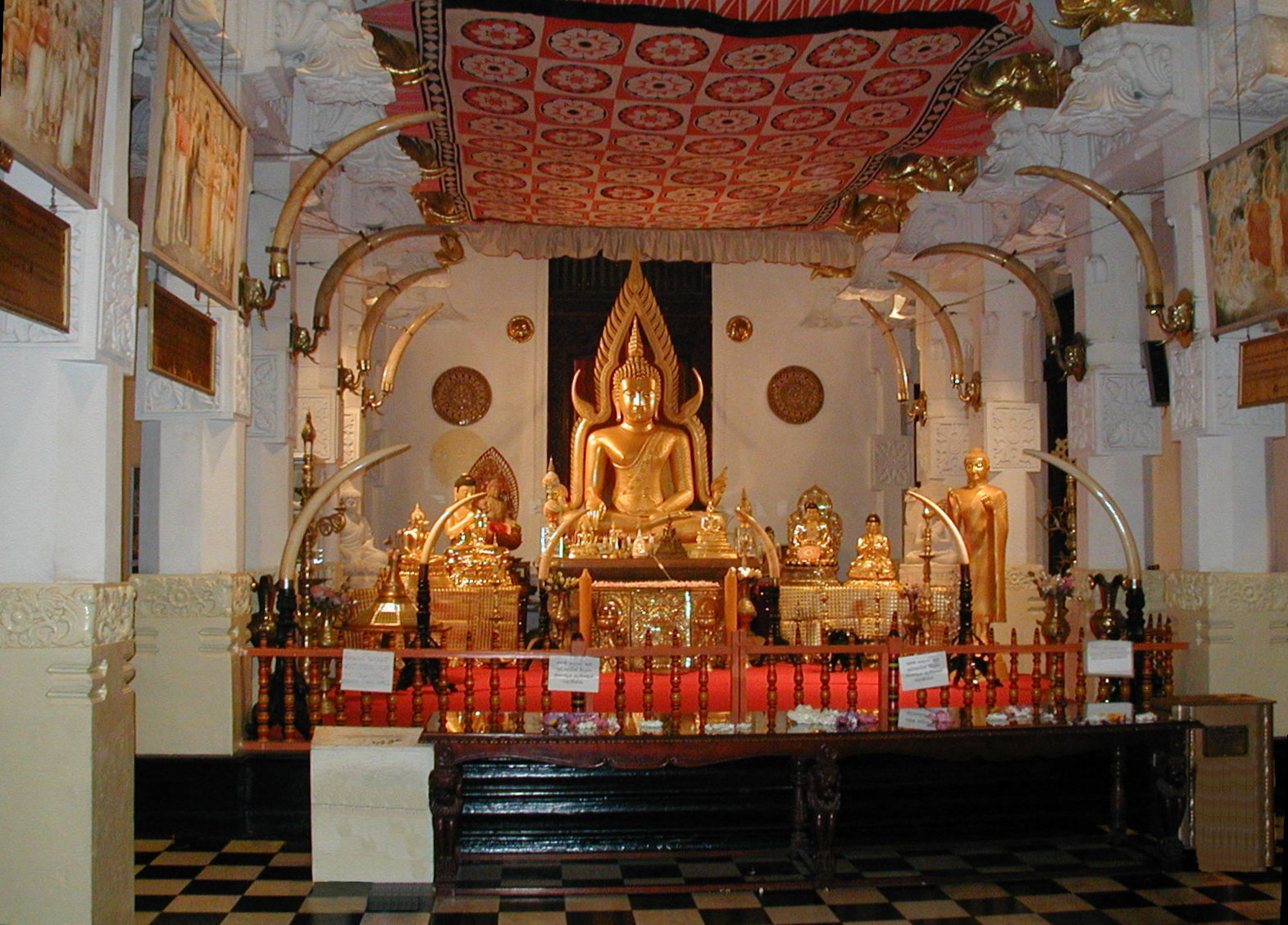Temples of the Tooth, Sri Lanka