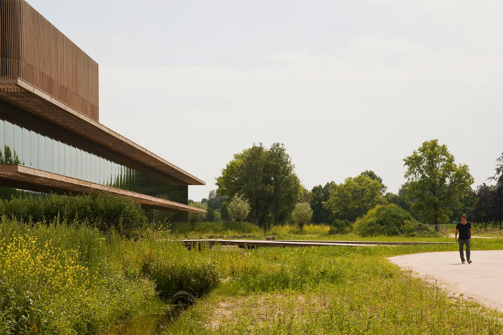 Wau Ecology Institute