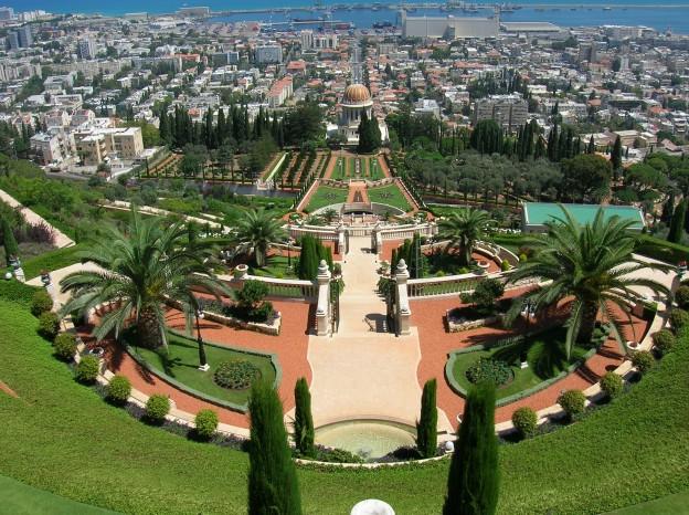 Israel   Haifa   Bahai Gardens 004