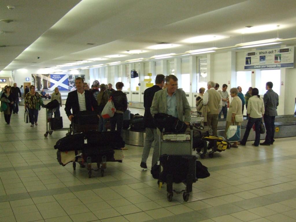 Edinburgh-Airport-EDI-air-travel-2422224-2560-1920