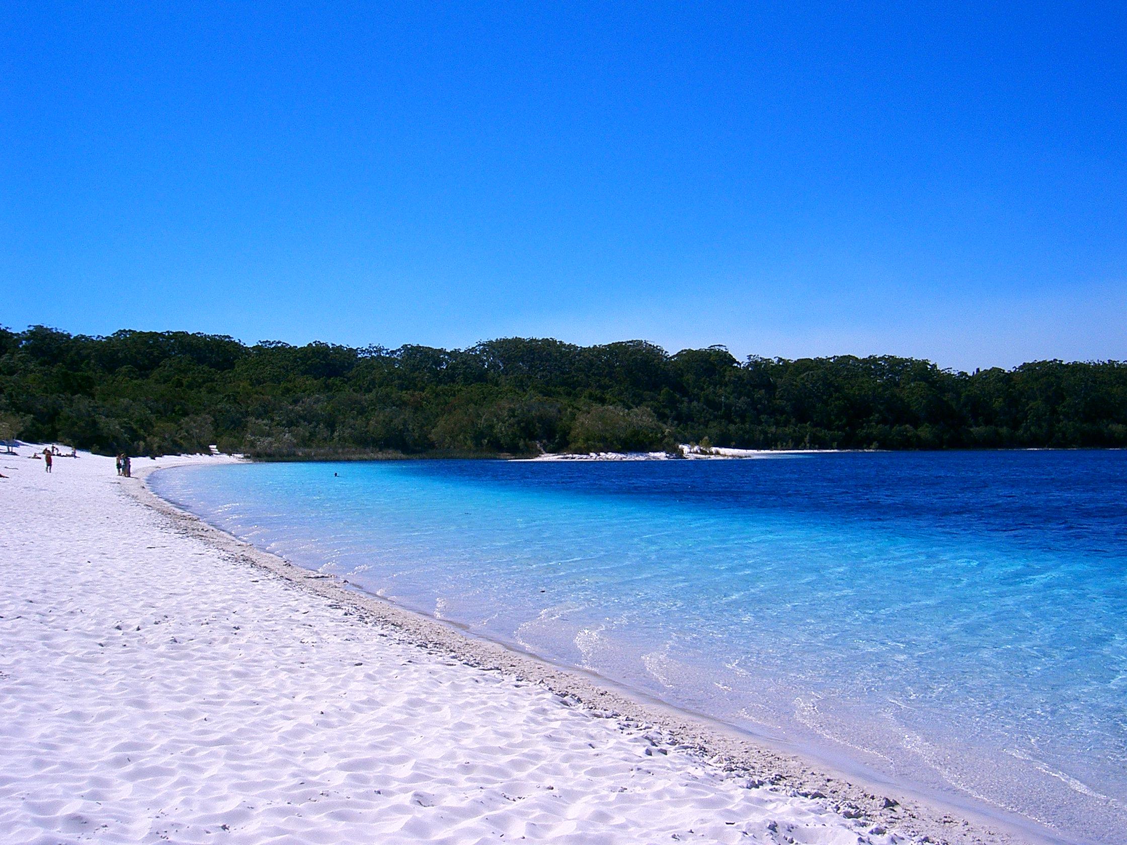 75 Mile Beach, Fraser Island QLD
