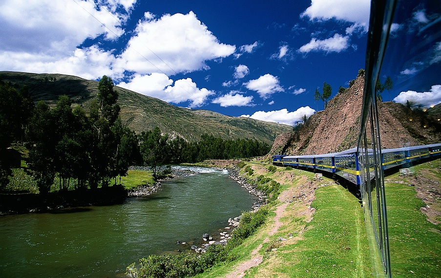 Cusco by train, Peru