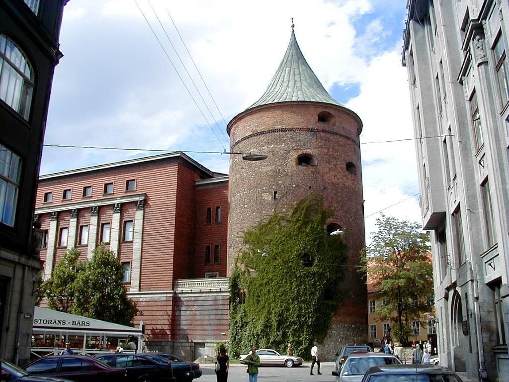 Latvijas Kara Muzejs, Latvia