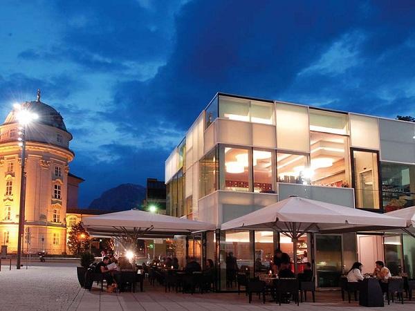 Pavillon Restaurant