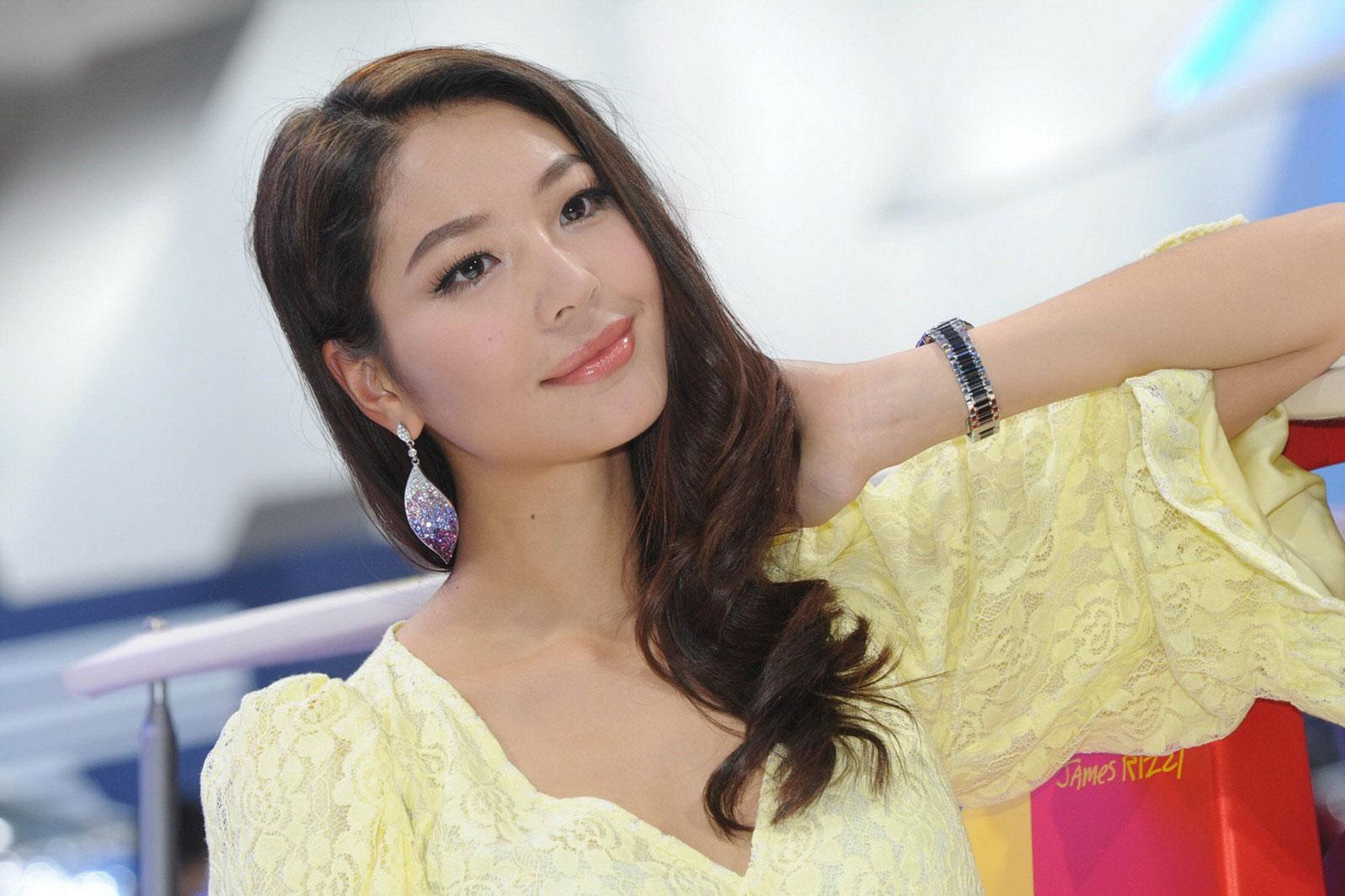 girls in beijing1